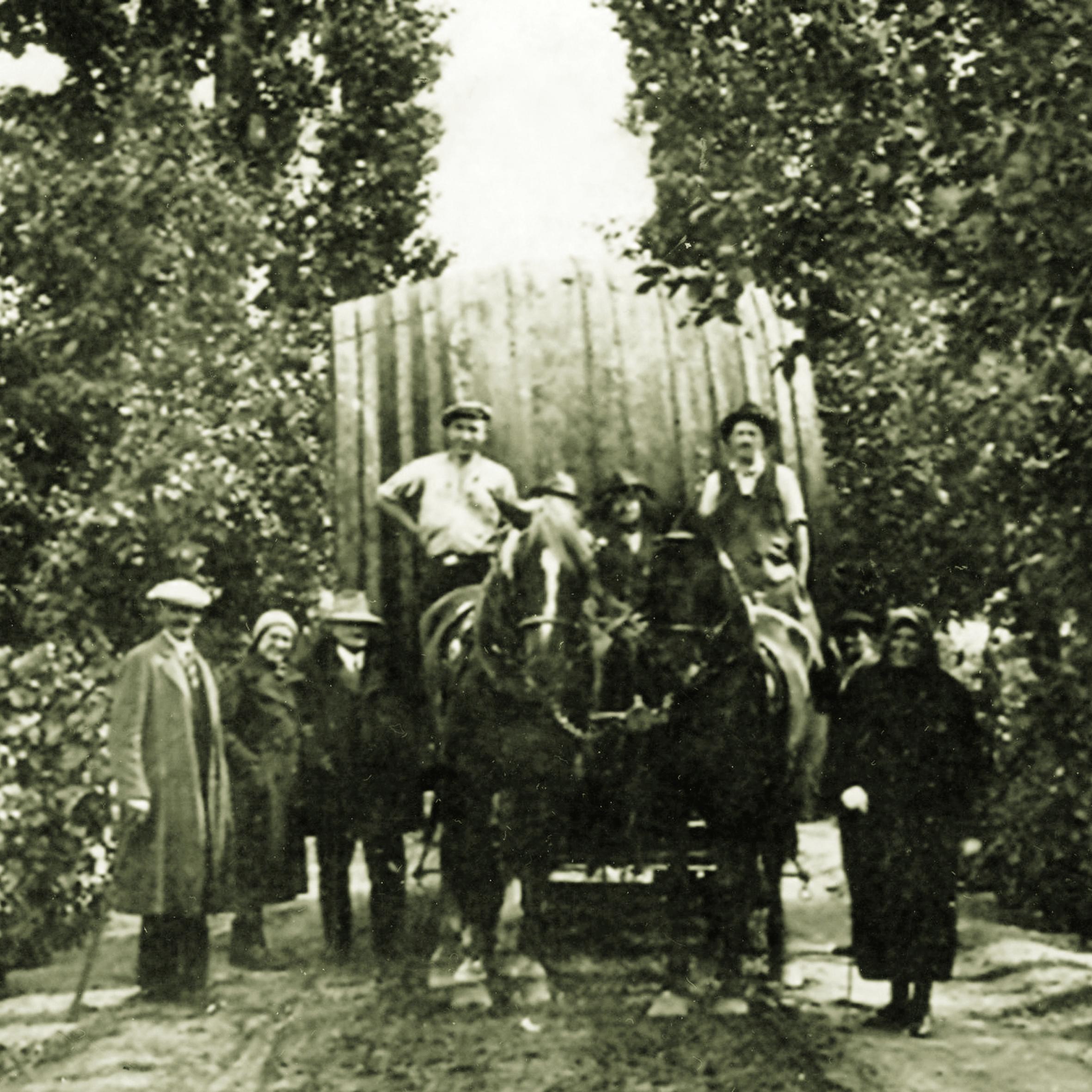 Régi családi kép