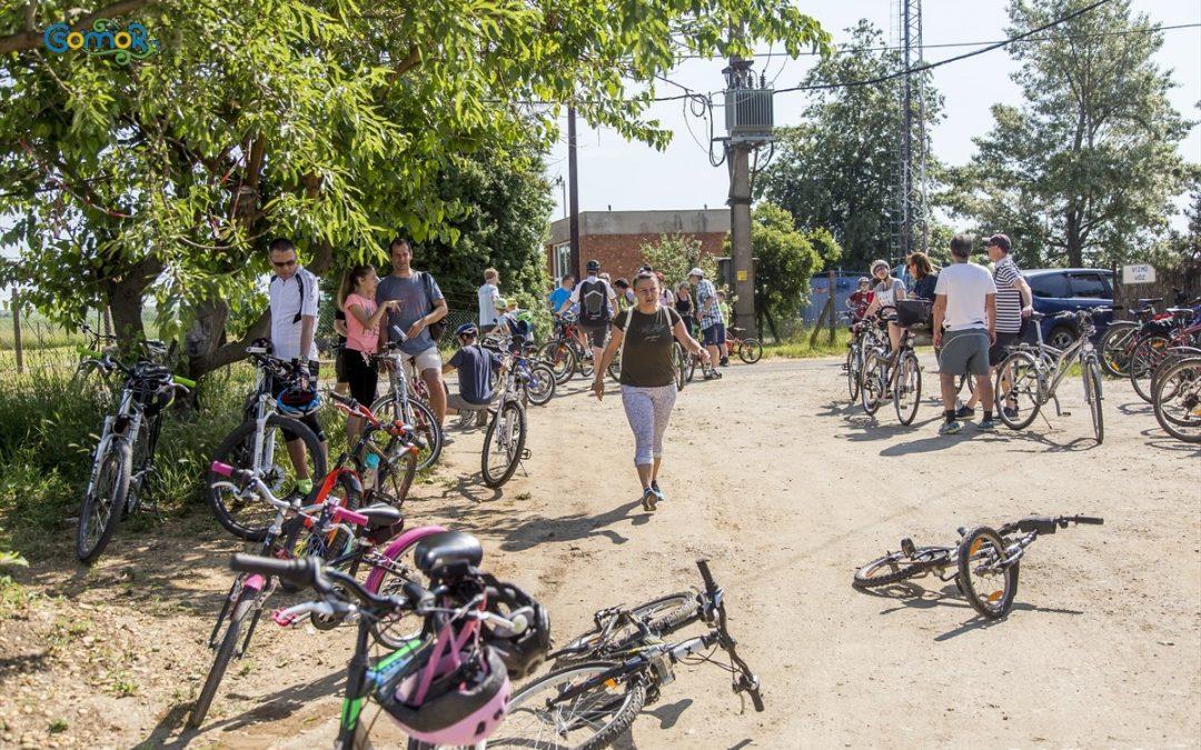 Több, mint ötvenen indultak a kerékpáros körtúrán